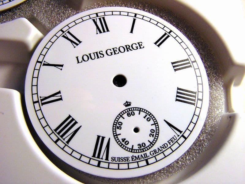 Uhren Zifferblatt reinigen - So macht man ein Zifferblatt sauber 1